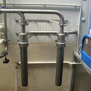 The main milking plant filter should not be used as a method of mastitis detection